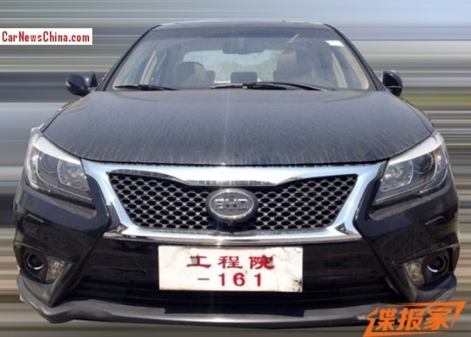 Spy Shots: facelifted BYD G6 testing in China