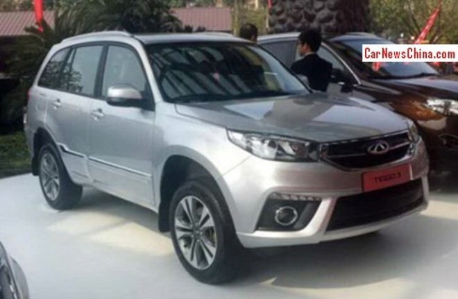 This is the facelifted Chery Tiggo 3 for the China car market