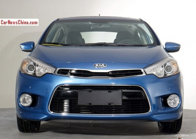 kia-k3-hatchback-china-4