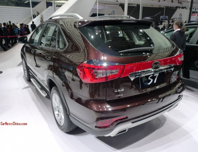 byd-s7-china-3