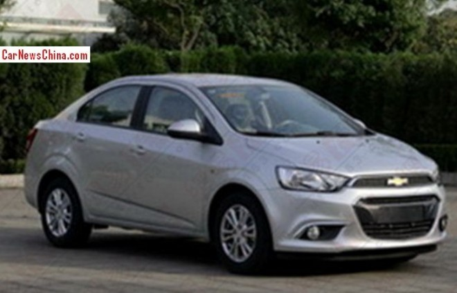 Spy Shots: facelifted Chevrolet Aveo for the Chinese car market