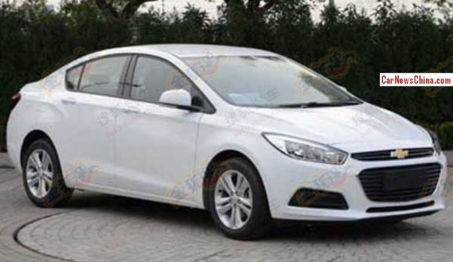 Spy Shots: new Chinese Chevrolet Cruzes are Naked in China