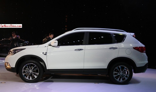 dongfeng-ax7-suv-china-2