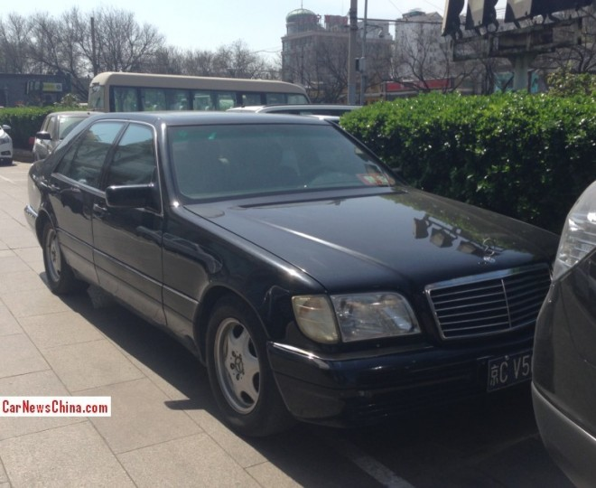 Spotted in China: W140 Mercedes-Benz S320