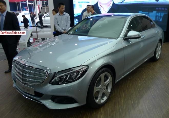Mercedes-Benz C-Class Long debuts on the Beijing Auto Show