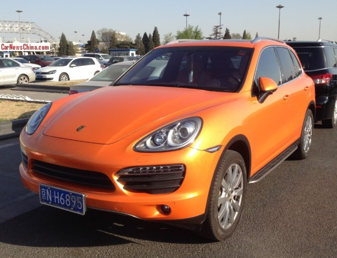 Porsche Cayenne is shiny glitter orange in China