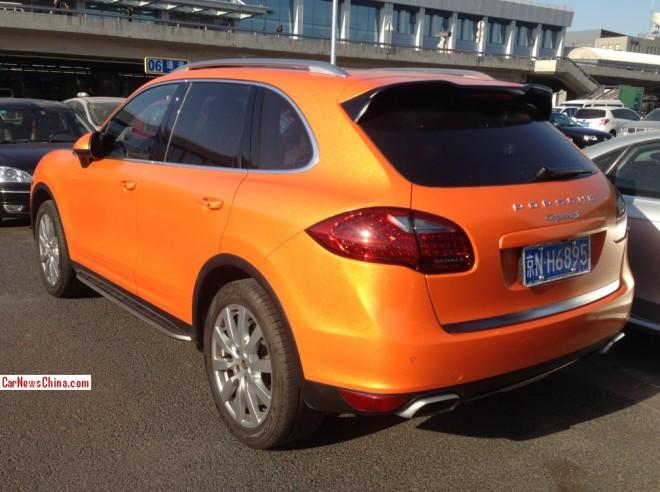 orange-porsche-china-2