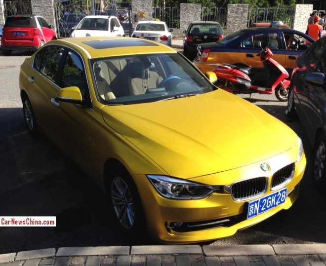 BMW 328Li is yellow gold in China