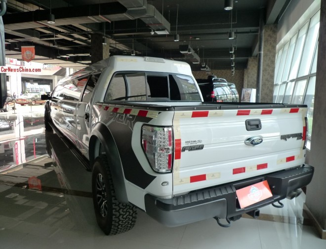 ford-raptor-limosine-china-3