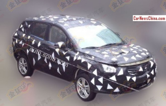 Spy Shots: Guangzhou Auto Trumpchi GS3 SUV testing in China