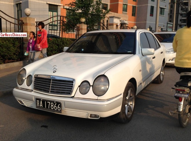 Spotted in China: W210 Mercedes-Benz E320