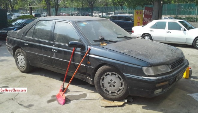 Peugeot 605 SV 3.0 sedan is very Dirty in China