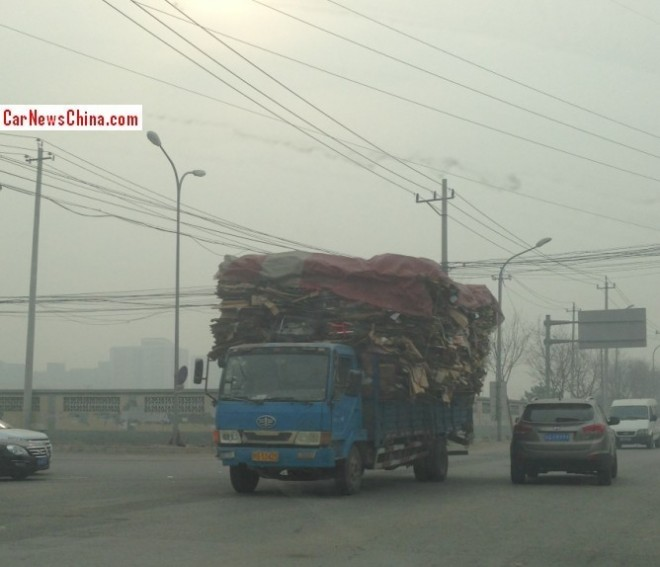 Chinese Truck is a little bit Overloaded