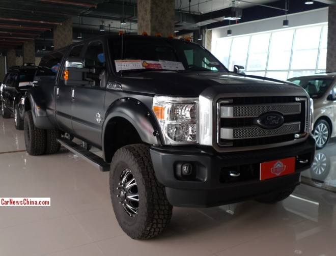 Ford F-350 Super Duty is a Big matte black Beast in China