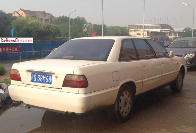 hongqi-white-limo-2