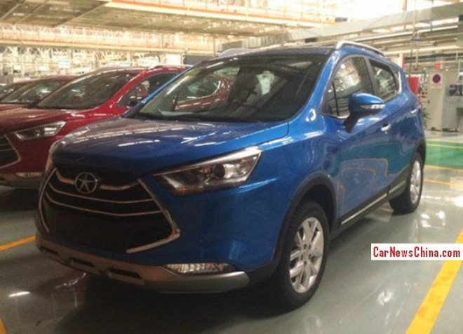 Spy Shots: JAC Refine S3 is almost Ready for the Chinese auto market