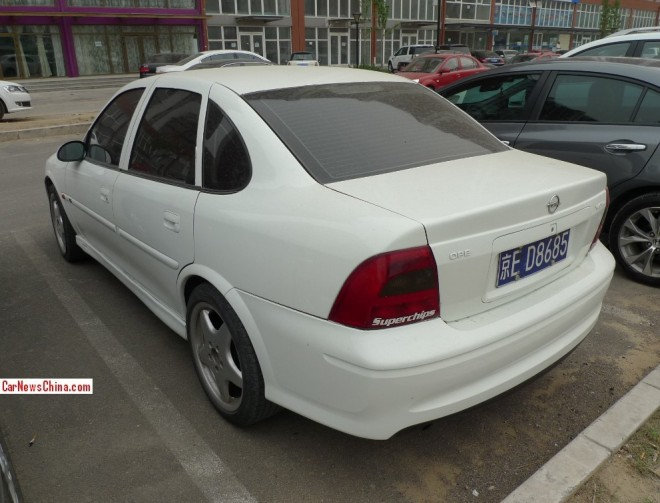 opel-vectra-china-4