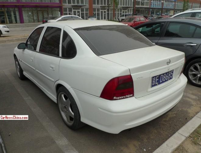 opel-vectra-china-4