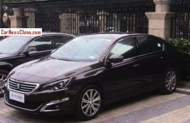 Spy Shots: new Peugeot 408 sedan Spied on the Street in China
