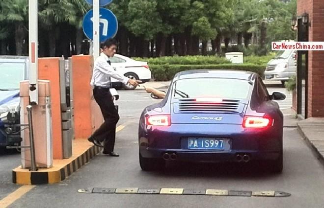 porsche-911-license-shanghai-4
