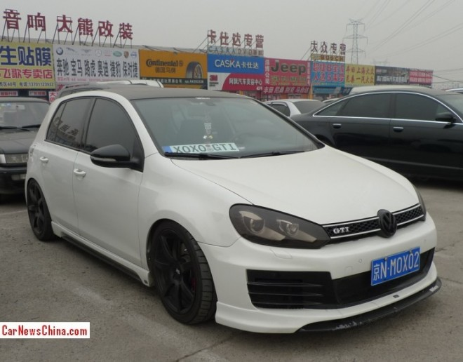 Volkswagen Golf GTI is a white low rider in China