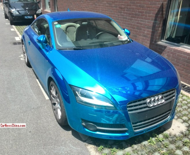 Audi TT is shiny blue in China