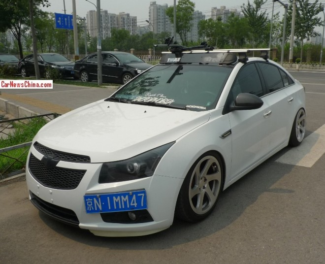Chevrolet Cruze is a white Low Rider in China