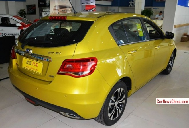 geely-ec7-hatch-china-3
