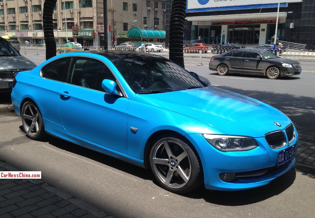BMW 3-Series Coupe is shiny baby blue in China - CarNewsChina.com