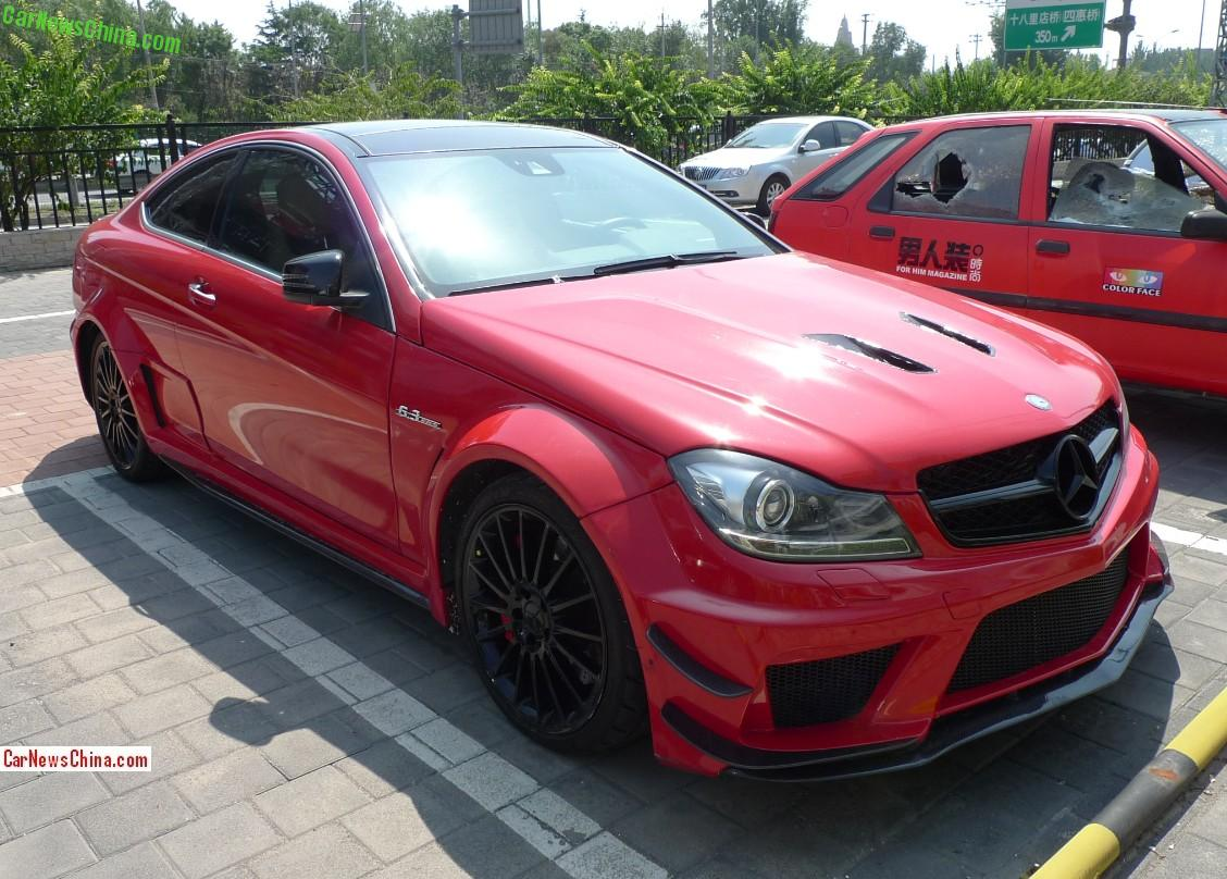 spotted in china mercedes benz c63 amg black series coupe. Black Bedroom Furniture Sets. Home Design Ideas