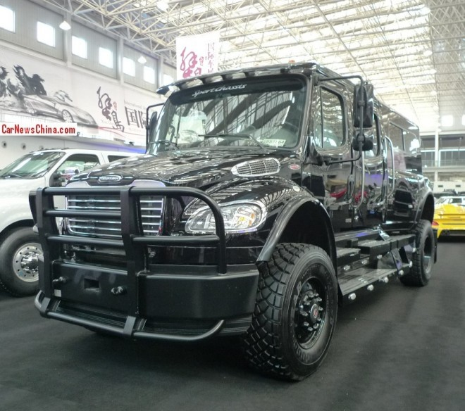 China Super Car Super Spot: Sportchassis Freightliner P4XL