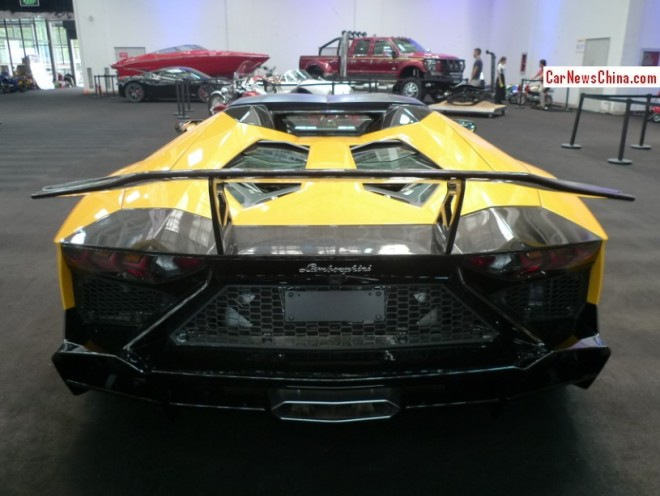 lamborghini-aventador-50-china-6