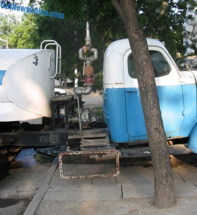 liberation-water-truck-china-7