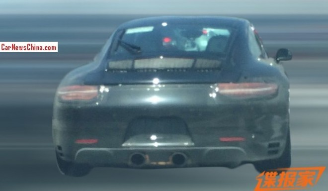 Spy Shots: facelifted Porsche 911 testing in China