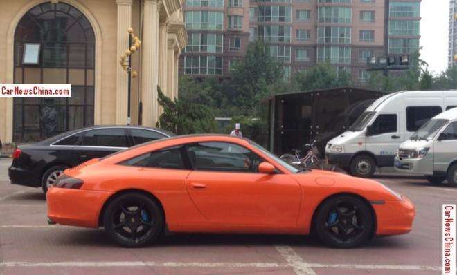porsche-911-orange-china-2