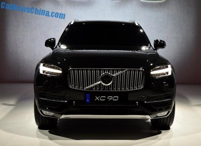 volvo-xc90-unveiled-3