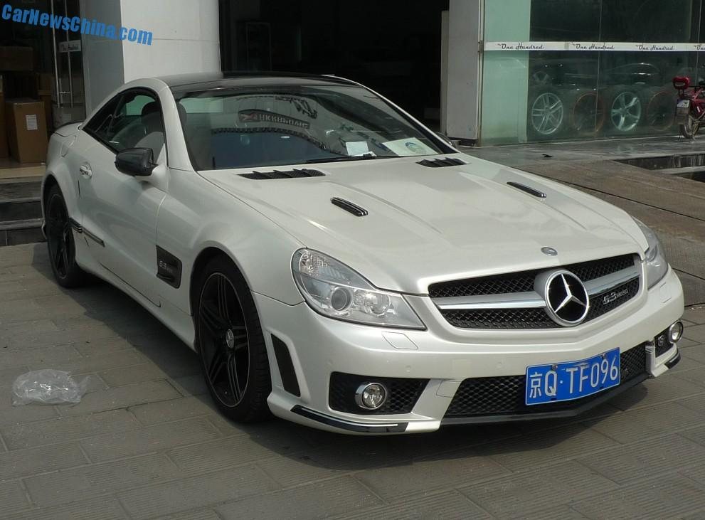Spotted in china mercedes benz sl63 amg with a body kit for Mercedes benz china