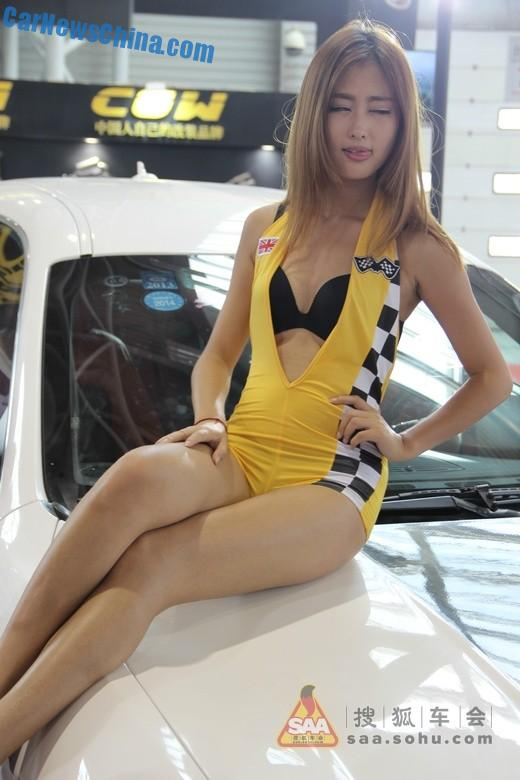 china-car-girl-shanghai-cas-5