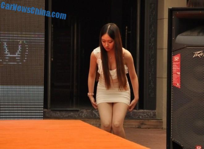 china-car-girls-honda-3