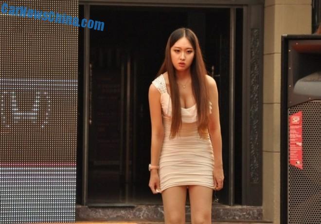 china-car-girls-honda-4
