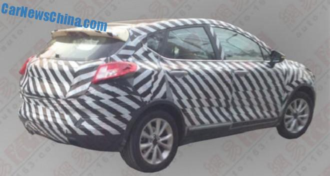 geely-emgrand-cross-china-1-2