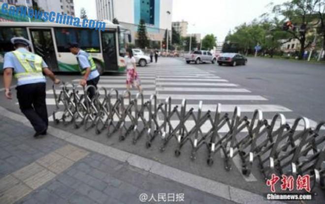 jaywalking-china-3