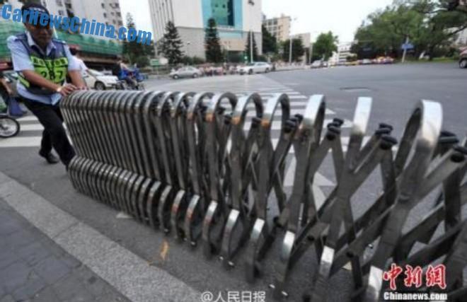 jaywalking-china-5
