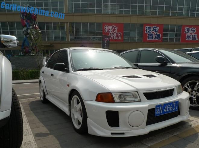 Spotted in China: Mitsubishi Lancer EVO V