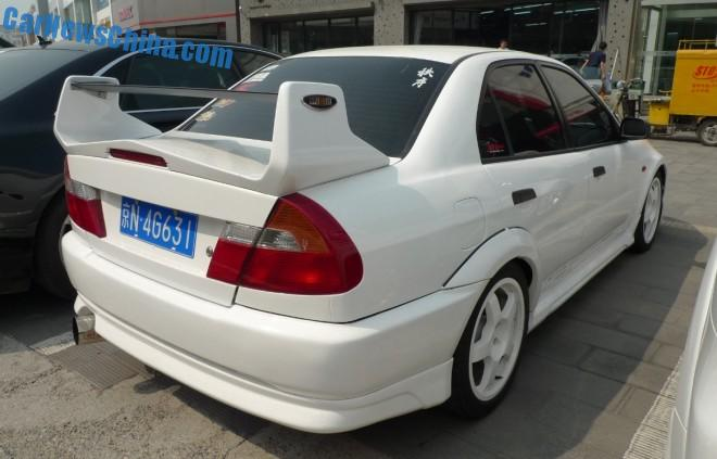 mitsubishi-evo-5-china-5
