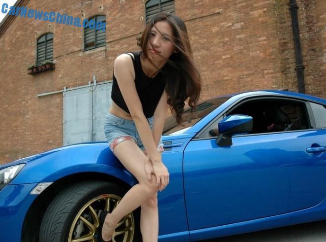 toyota-86-china-girl-4