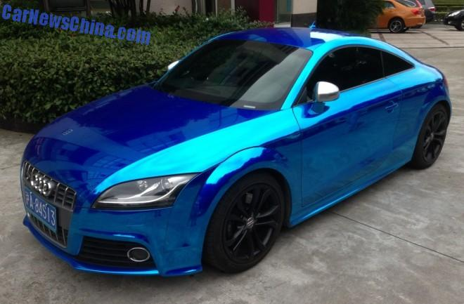 Audi TT is shiny dark blue in China