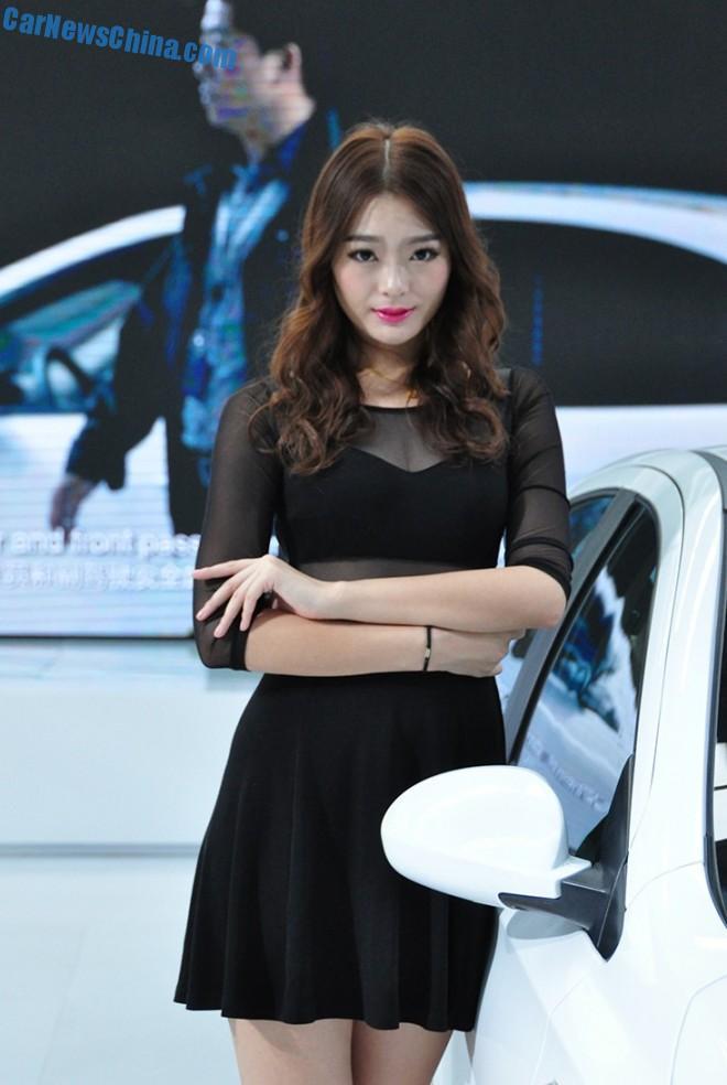 china-car-girls-xian-4