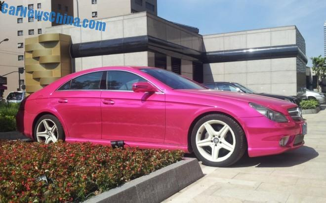 Mercedes-Benz CLS350 is shiny Pink in China