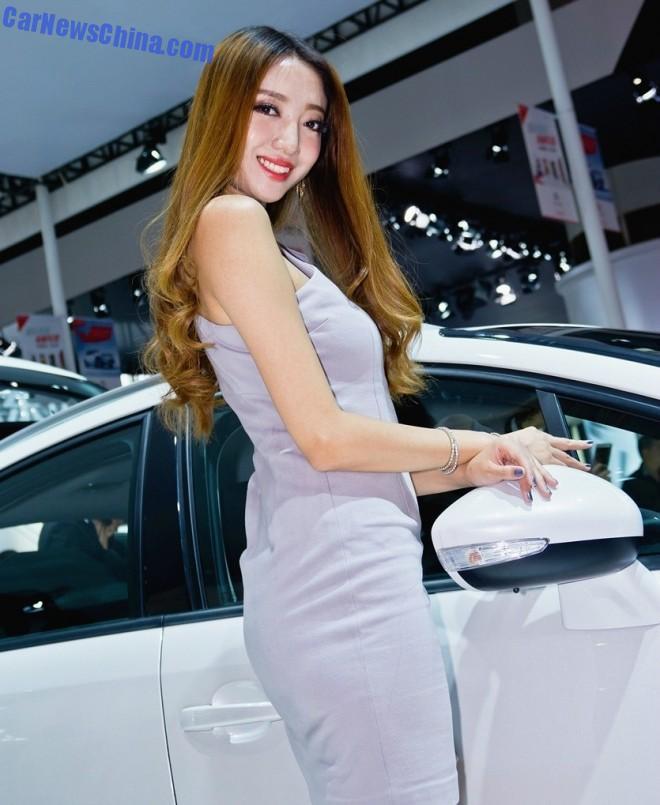 china-car-girls-gz-2-beijing-citroen-1